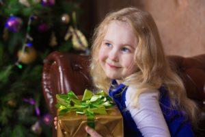 Новогодние фотосессии детей в студии Москвы