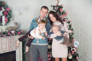 Новогодняя фотосессия семья