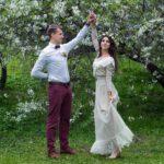 Фотосессия в яблоневом саду