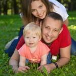 семейная фотосессия пикника весной