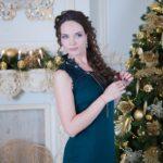 Новогодние фотосессии девушек в студии Москвы