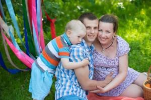 фотосессия беременности весной в парке