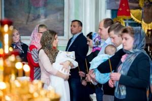 Крещение детей и взрослых